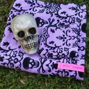 Betsey Johnson Skulls & Hearts Lavender Towel Set